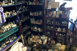 bulldogs antiques worldwide- bulldogs-antiques