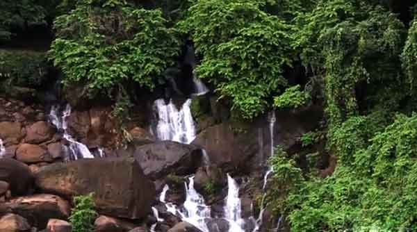 Songrampunji-waterfall