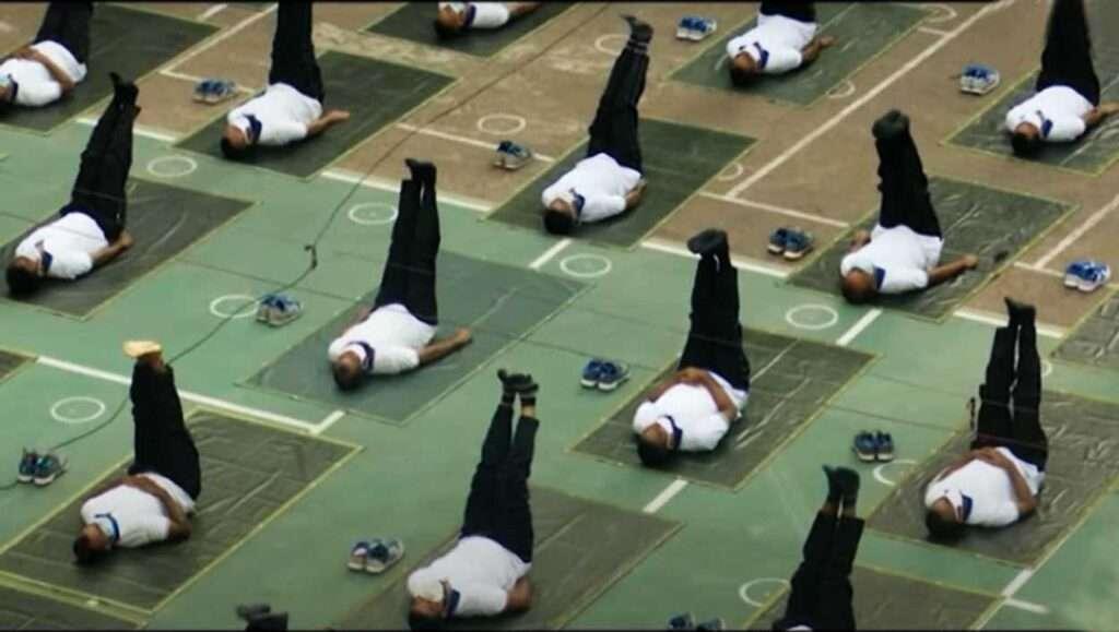 Bangladesh-Police-Yoga