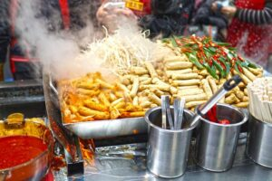 Hot-Korean-Food-in-Market